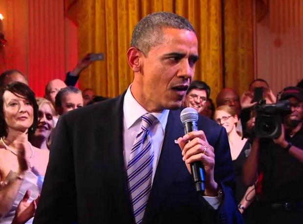 Obama Bruno Mars'a Özenirse!