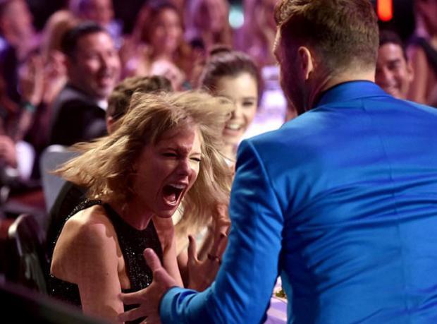 iHeart'a Taylor Swift Damga Vurdu!