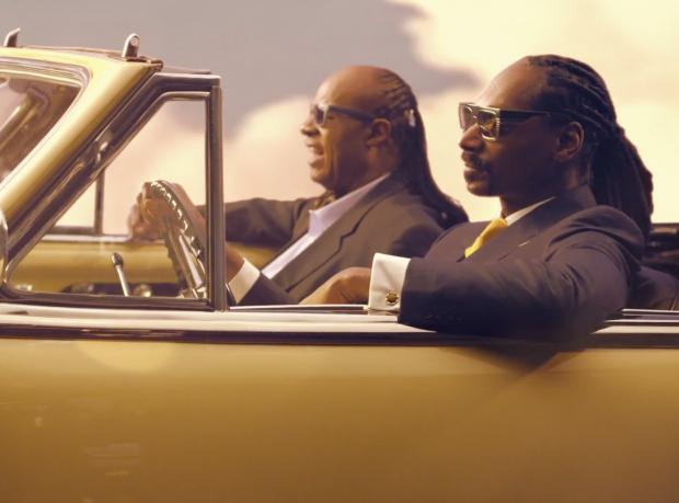 Yeni Video: Snoop Dogg feat. Pharrell Williams & Stevie Wonder