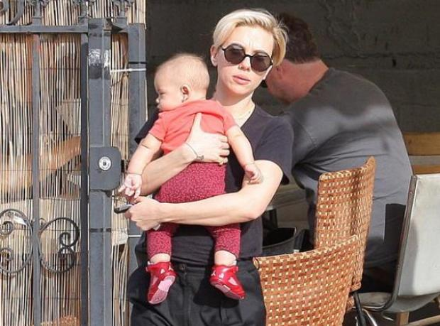Scarlett'in 'Gül'ü Görüntülendi
