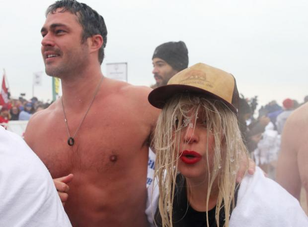 Lady Gaga'nın Saçı Buz Tuttu