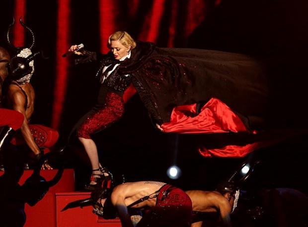 """Hepsi Madonna'nın Suçu"""
