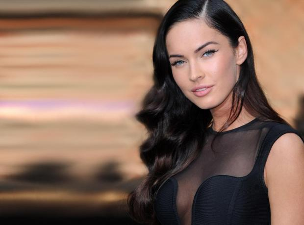 Megan Fox Dertli