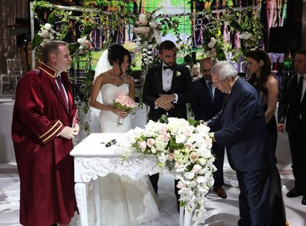 Selçuk Şahin Evlendi