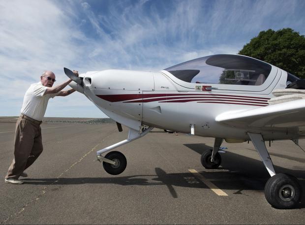 Yaşayan En Yaşlı Pilot