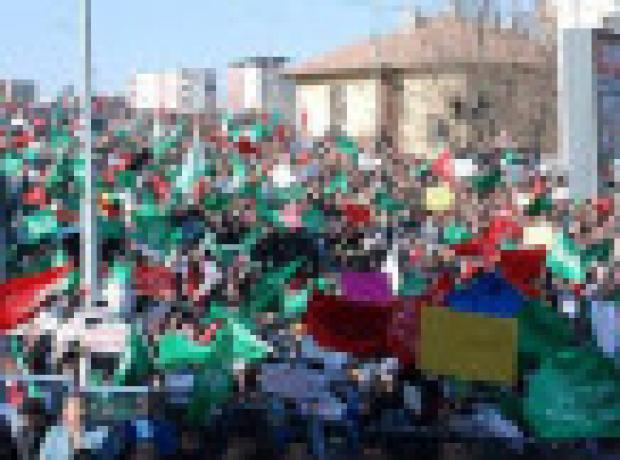 Diyarbakır'da Charlie Hebdo'yu kınama eylemi