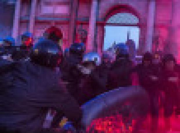 Roma: Göçmen karşıtları ve anti-faşistler meydanlarda