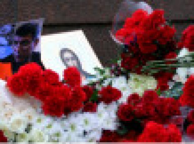 Rusya: Öldürülen siyasetçi için binlerce kişi yürüdü