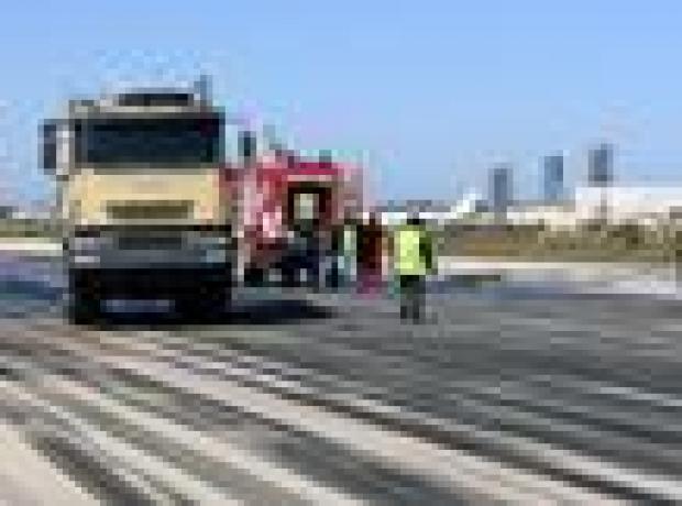 Libya: Militanlar 'iki petrol sahasını ele geçirdi'