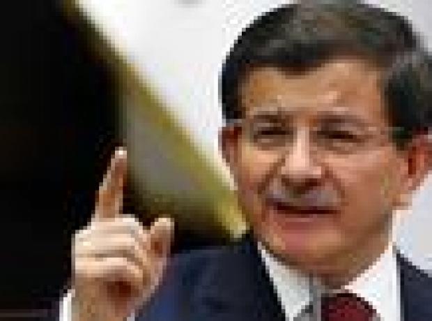 Davutoğlu'ndan 'Irak'ta mezhep savaşı' uyarısı