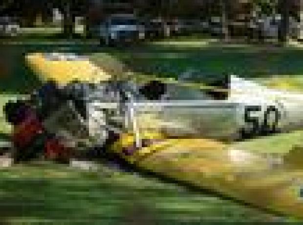 Uçak kazası yapan Harrison Ford hastanede tedavi altında