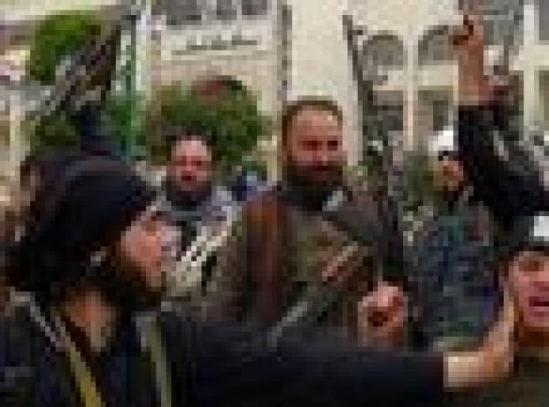 Esad rejimi İdlib'i El Nusra'dan geri almaya çalışıyor