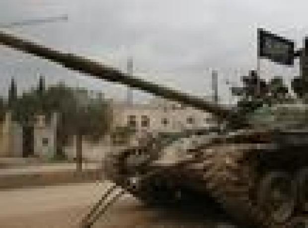 Suriye ordusu İdlib'i kuşatıyor, siviller şehirden kaçıyor