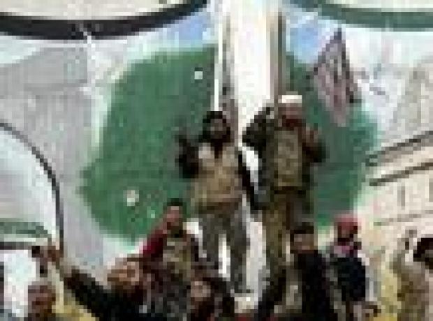 'El Nusra İdlib'de Türkiye'den yardım aldı' iddiası