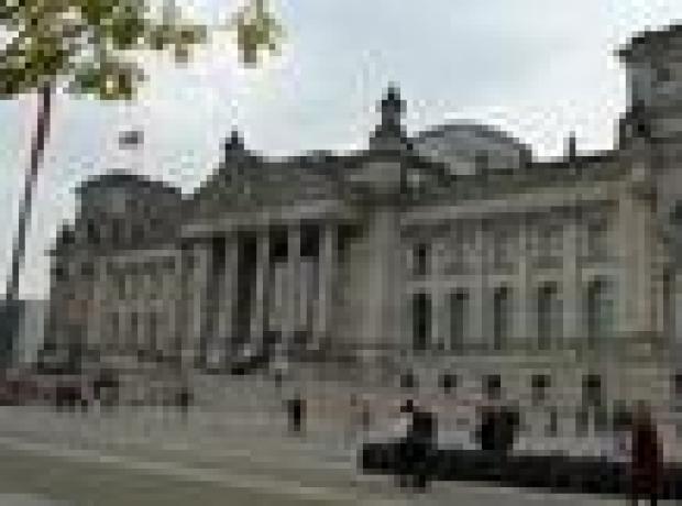 Almanya meclisinde 'soykırım vurgusu' var, oylama yok