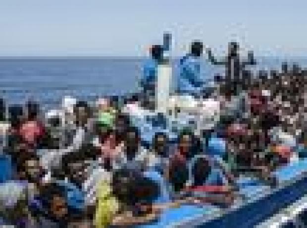 Akdeniz'de iki günde 6 bine yakın göçmen kurtarıldı