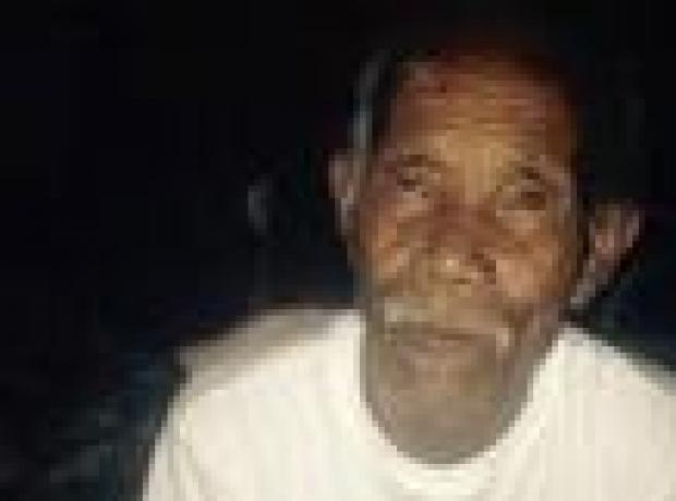 101 yaşındaki Nepalli enkazdan sağ çıkarıldı
