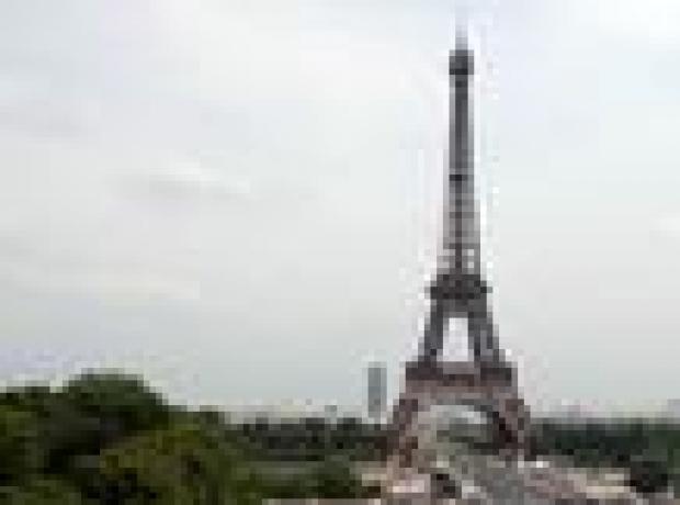 Eyfel Kulesi yankesiciler yüzünden kapandı