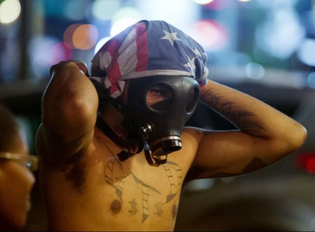 Ferguson'da çatışmalar durmuyor