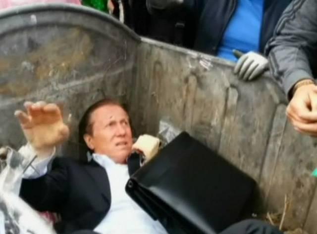 Ukraynalılar milletvekilini çöp bidonuna attı