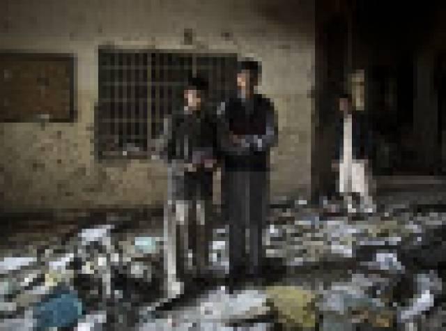 Taliban'ın 100'den fazla çocuğu öldürdüğü okul