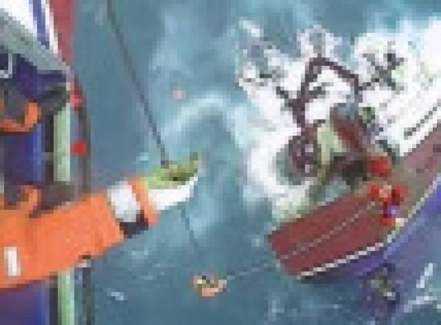 Batmakta olan tekneden son saniyede kurtarıldılar