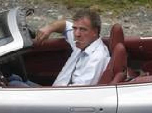 BBC, Top Gear sunucusu Clarkson ile yolları ayırıyor