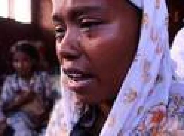 Arakanlı Müslüman göçmenin denizdeki 4 ayı