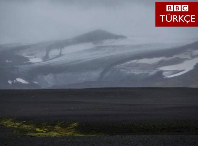 İzlanda'da Volkan Alarmı Kırmızı Seviyede