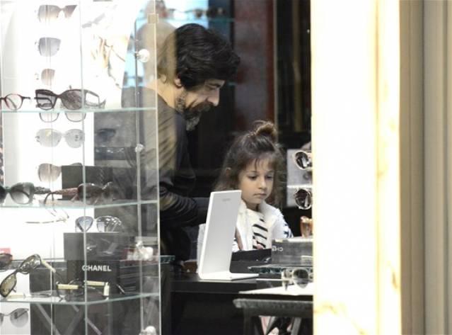 Bayülgen Kızıyla Alışveriş'te