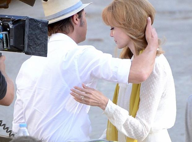 Jolie'yi Kocası Sakinleştirdi