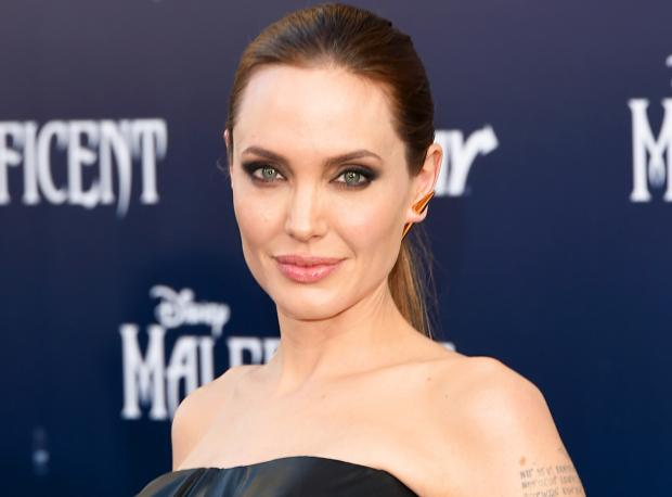 Angelina Jolie'den Yeni Görüntüler