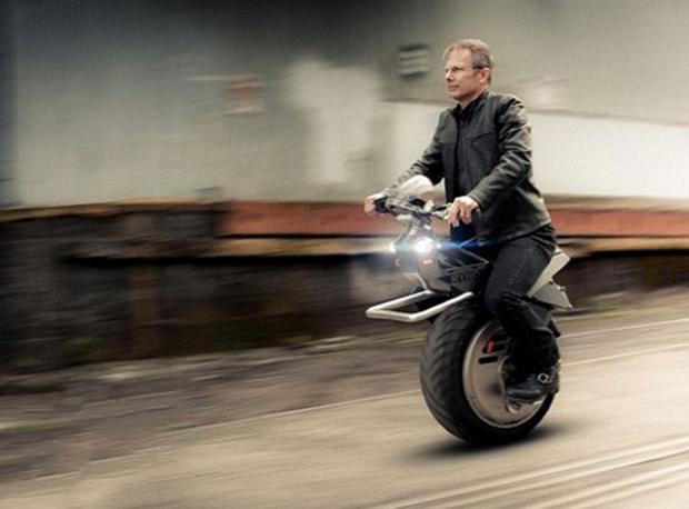 Tek Tekerlekli Motosiklet!