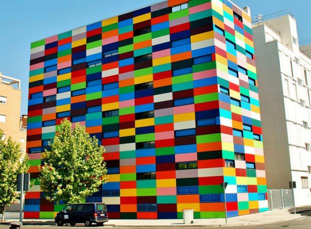 Dünyanın En Renkli Binaları