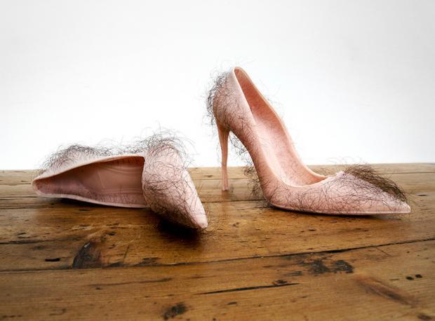 Asla Giymeyeceğiniz Bir Ayakkabı