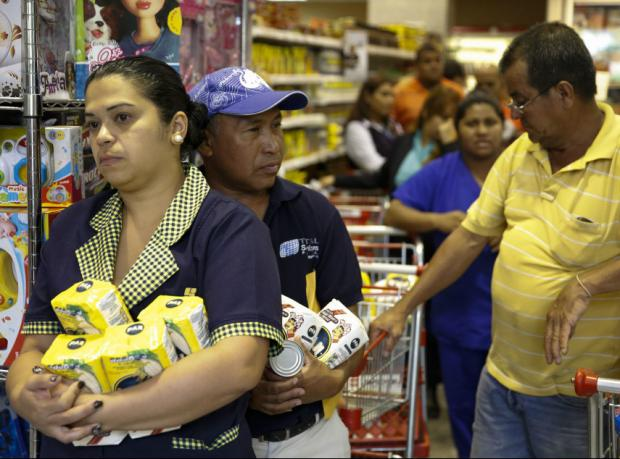Venezuela'da gıda alan parmak izi verecek