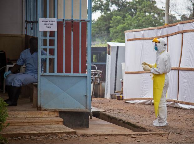 DSÖ: 20 bin kişi Ebola'ya yakalanabilir