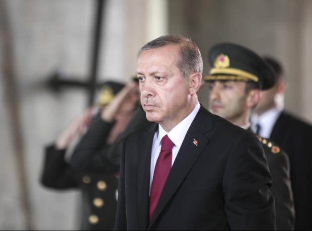 Erdoğan'dan eşcinsel hakları tweetine dava