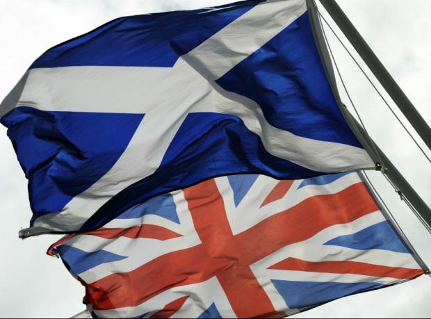 İskoçlar kalbini mi dinleyecek, aklını mı?