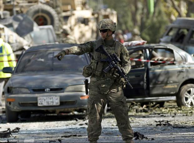 Kabil'de intihar saldırısı: En az üç NATO askeri öldü
