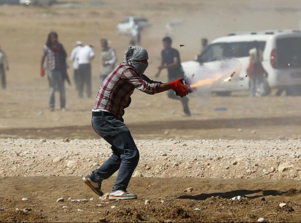 Suruç ilçesinde çatışmalar sürüyor