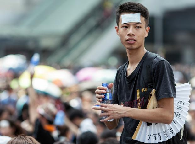 Hong Kong lideri: 'Gösterilere derhal son verin'