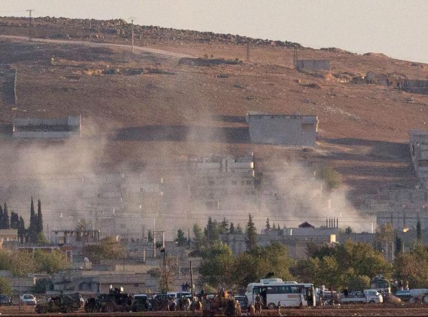 Kobani'de hava saldırısı ve çatışmalar