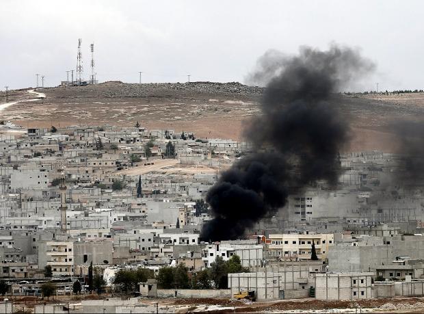 Kobani: ABD yardımı ve Peşmergeye geçiş izni ne anlama geliyor?