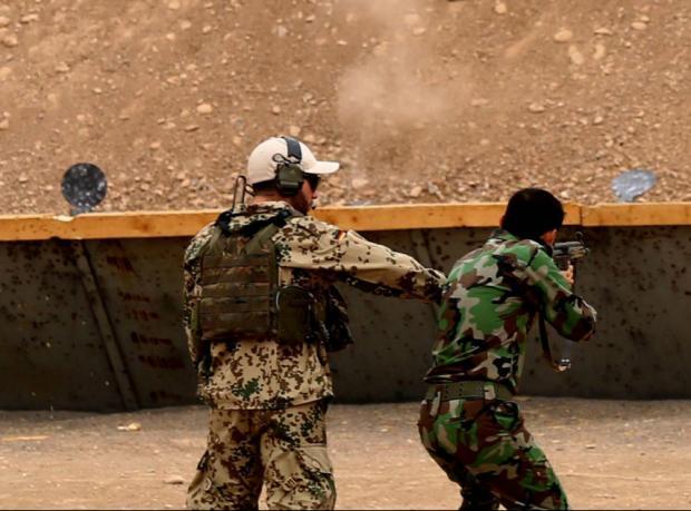 Times: 'Özel olarak eğitilen Kürt birlikleri yola çıktı'