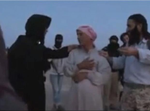 IŞİD'den recm videosu: 'Babası kızını taşladı'