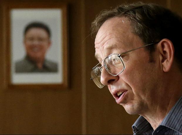 Kuzey Kore ABD'li tutuklulardan birini serbest bıraktı