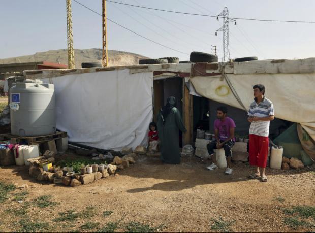 Lübnan sınırlarını Suriyeli sığınmacılara kapatıyor