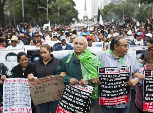 Meksika'da kayıp öğrenciler için eylemler