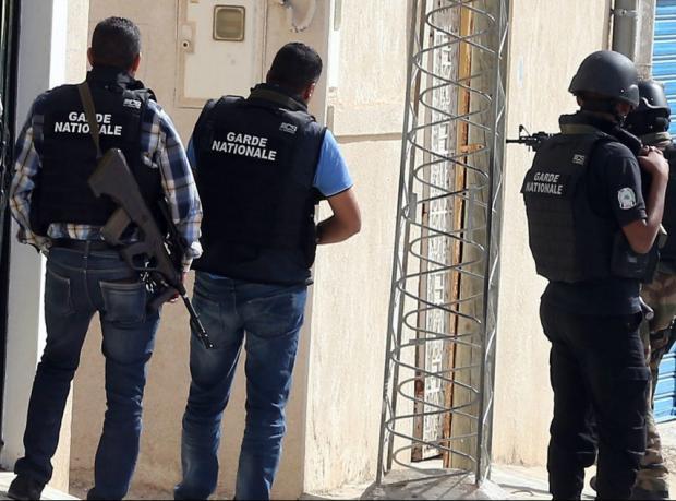 Tunus: İki polisin tecavüz cezası ikiye katlandı